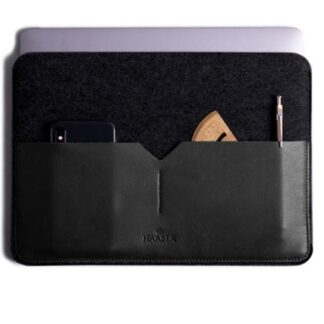 Black Edition - Leather MacBook Sleeve