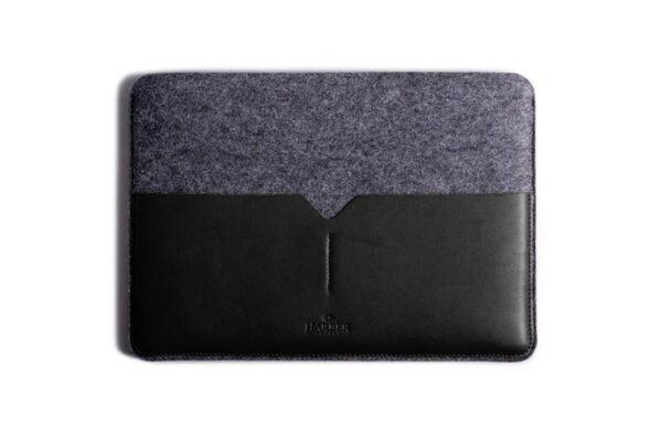 Classic Leather MacBook Sleeve