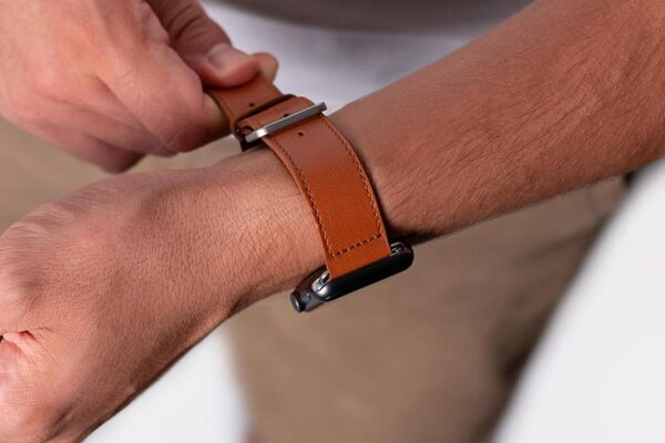 Apple Watch Strap Classic Leather | Harber London