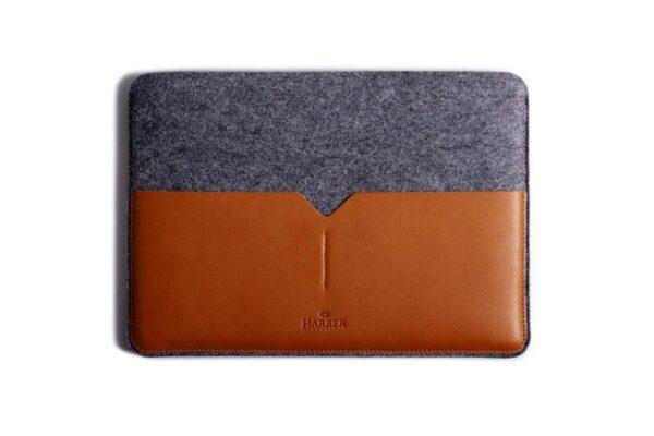 Classic Leather MacBook Sleeve | Harber London