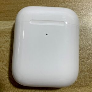 Original Used Apple AirPods 2nd with Charging Case Bluetooth Earphone Wireless Earbuds Tones Connect Siri for iPhone iPad Mac